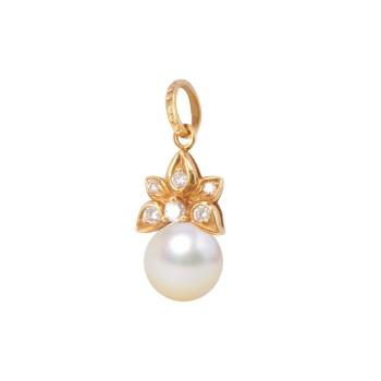 18K YG Diamond & Pearl Pendant